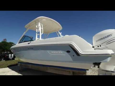 2018 Boston Whaler 230 Vantage For Sale at MarineMax Ft. Myers