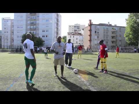 Match amical de foot  Yaoundé/Douala à lyon!