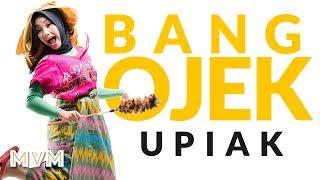 Upiak ft. Harry Apak - Bang Ojek (Official Lyrics Video)