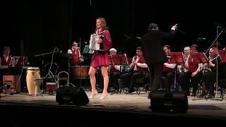 """""""Комильфо""""- Мария Селезнева и Концертный оркестр г Абакана дирижер Андрей Штарк"""