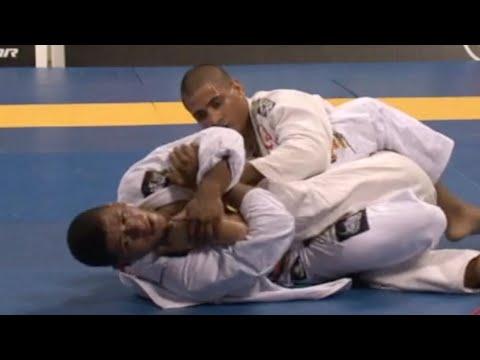 "Gilbert ""Durinho"" Burns VS Jonathan ""JT"" Torres / World Championship 2010"