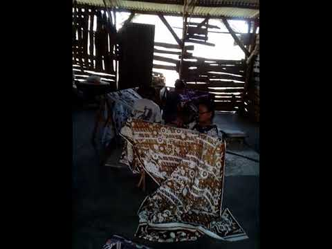 Culture tour of Cirebon city / visiting traditional batik making process in cirebon city