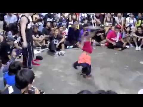 hip hop Cậu bé 8 tuổi nhảy breakdance