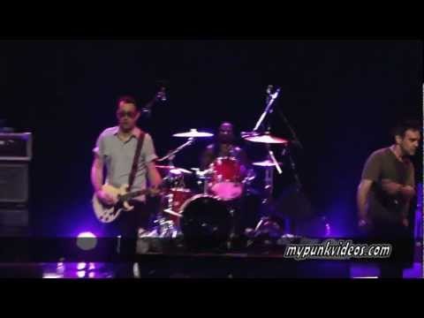 Dead Kennedys - Too Drunk To Fuck (Montreal, Corona Theatre - 2013-02-09)