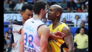 Stephon Marbury and Jimmer Fredette fight in China!