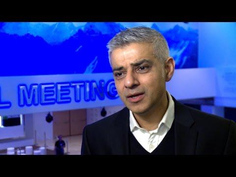 "London's mayor warns against ""hard Brexit"""