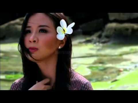 Tim Hwang Feat Astrid Sartiasari Saranghamnida 2012 (MV Original)Available to Download