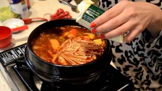 How To Cook Spicy Korean Beef & Seafood Extra Soft Tofu Soup 韩国豆腐汤