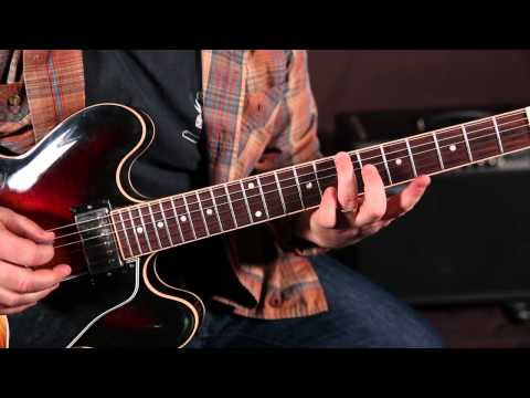 Rock and Blues Guitar Solo Lesson - E Minor Pentatonic scale run root on A string