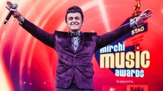 sonu nigam singing humma humma song in 9th royal stag music mirchi awards 2017