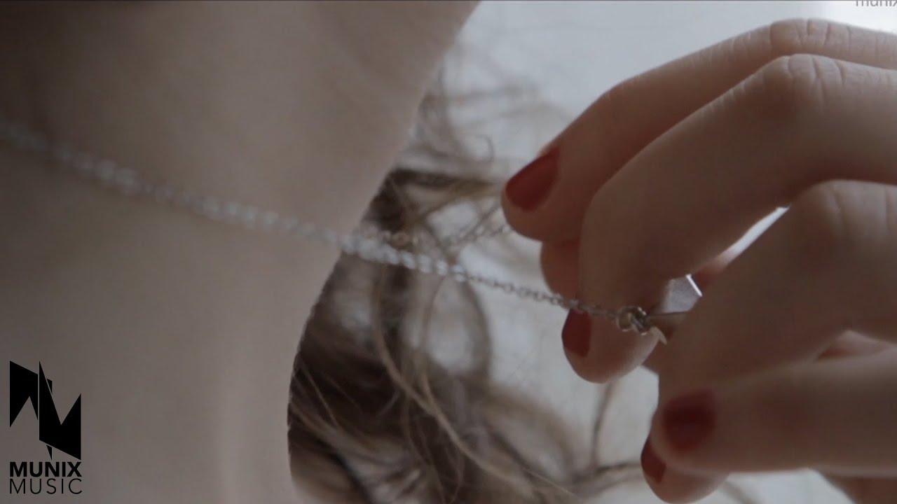 Johanna - When Love Comes