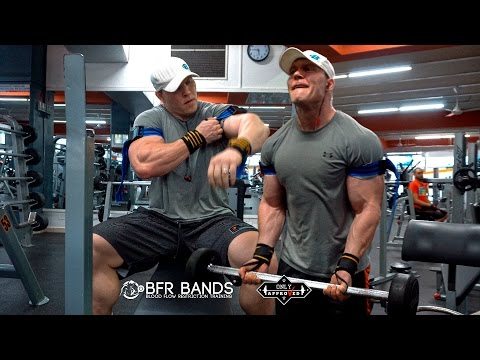 OCCLUSION TRAINING: Get BIG ARMS With BFR Bands (Klaus Riis)