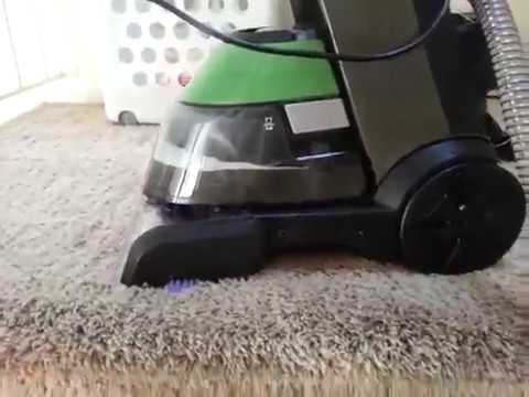 Bissell 17N4 carpet cleaner: cleaning in real test