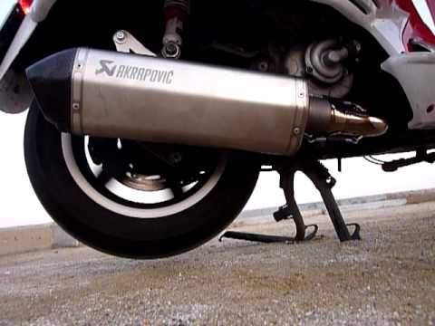 vespa gts 300 super akrapovic exhaust youtube. Black Bedroom Furniture Sets. Home Design Ideas