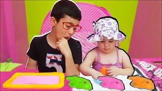 Pretend playing for kids - Johny Johny Yes Papa - mime - لعب للاطفال