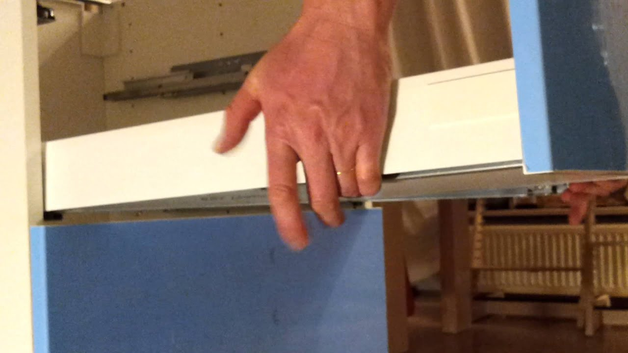 How to remove IKEA Maximera kitchen cabinet drawer - YouTube