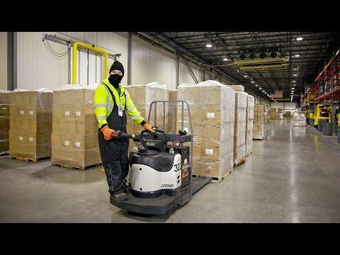 Crown PE 4500 Boosts Operator Productivity