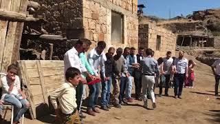 Erdi özden /Erzurum Jandarma halayı DADAŞ 'LARDAN  TEYY TEYY