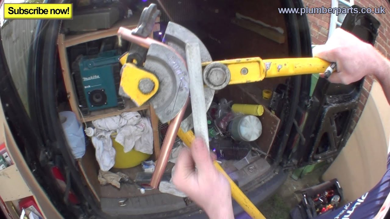 HOW TO BEND COPPER PIPE - 90 DEGREE ELBOW - Plumbing Tips