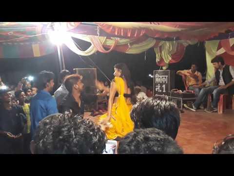 Poye Poye L Hot Bhojpuri Arkestra Dance 2017