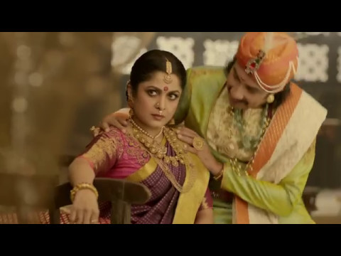 Kattapa and Sivagami seen very close