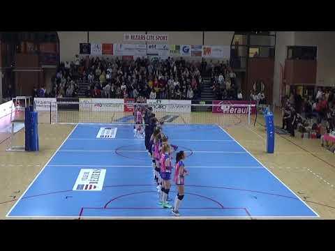 Béziers vs Paris: setter pink shirt