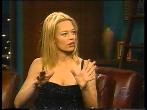 JERI RYAN - (7of 9) - INTERVIEW - 1999