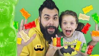 Slime med Gummibjörnar (Melody och Pappa Testar) 2019