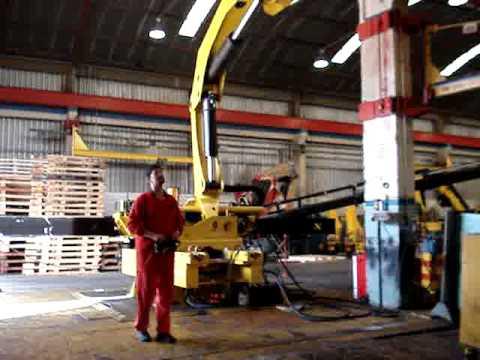 truck crane remote