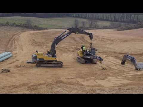 Convert a Volvo pipelayer PL3005D to an excavator --a time laps