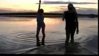 Поющие трусы   Ну ты же девочка запрещенный клип(новые видео клипы., 2014-10-04T09:52:50.000Z)