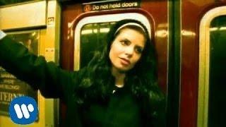 Pawel Kukiz & Piersi - Caluj Mnie [Official Music Video]