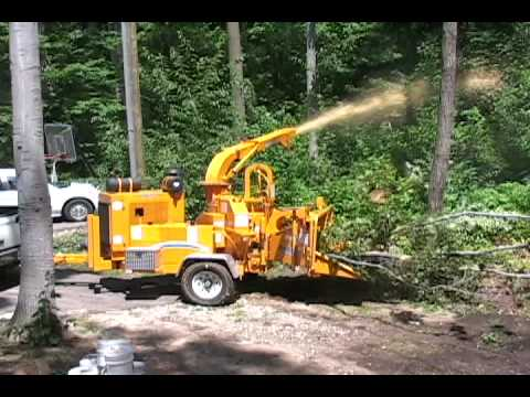 bandit model 250xp hand fed chippers quick clips youtube rh youtube com bandit chipper parts manual bandit 65 chipper manual