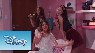 Las chicas cantan ¨Cómo quieres¨ | Momento Musical | Violetta