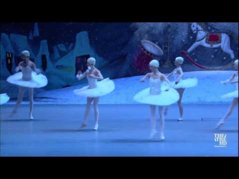 ЩЕЛКУНЧИК. Большой балет в кино 2016-17. Отрывок из первого акта