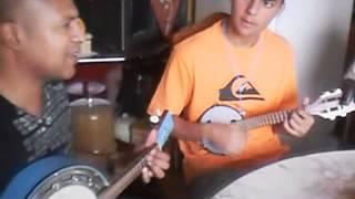 Banjo AZUL e Banjolin em várias cores._converted.wmv