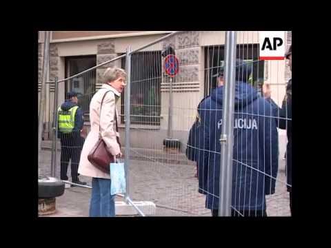 Tight security as Bush begins European visit in Latvia