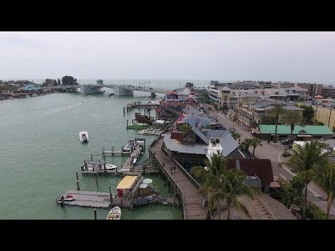 (4k) Amazing drone flight over Madeira Beach