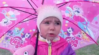 Rain, Rain Go Away Song Nursery Rhymes with Julia funny girl Family Songs for Children
