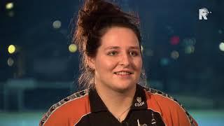 Eline Gorter steekt bij Volley Zuid haar handen flink uit de mouwen