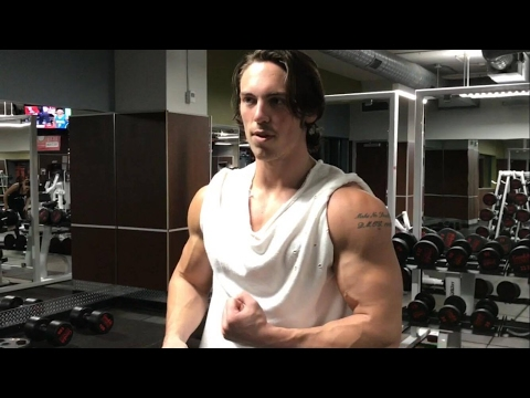How to Build Big Shoulders Naturally! Try These Three Exercises