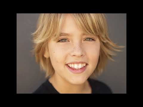 Cole and Dylan Sprouse Rare Photoshoot Photos Slideshow #1