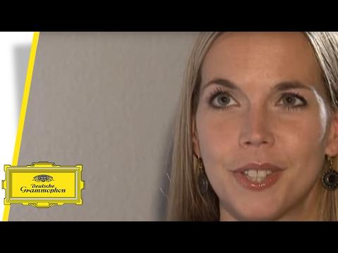 Mojca Erdmann - Mozart's Garden (Interview)