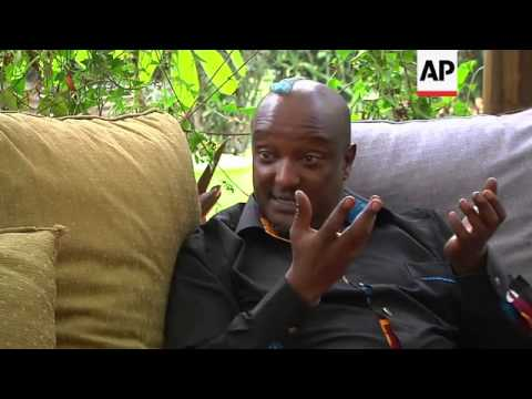 Gay Kenyan author Binyavanga Wainaina condemns Uganda anti-gay bill