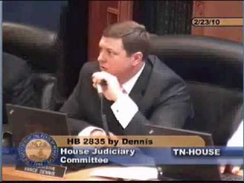 Rep. Vance Dennis presents legislation to toughen the state's bribery statutes