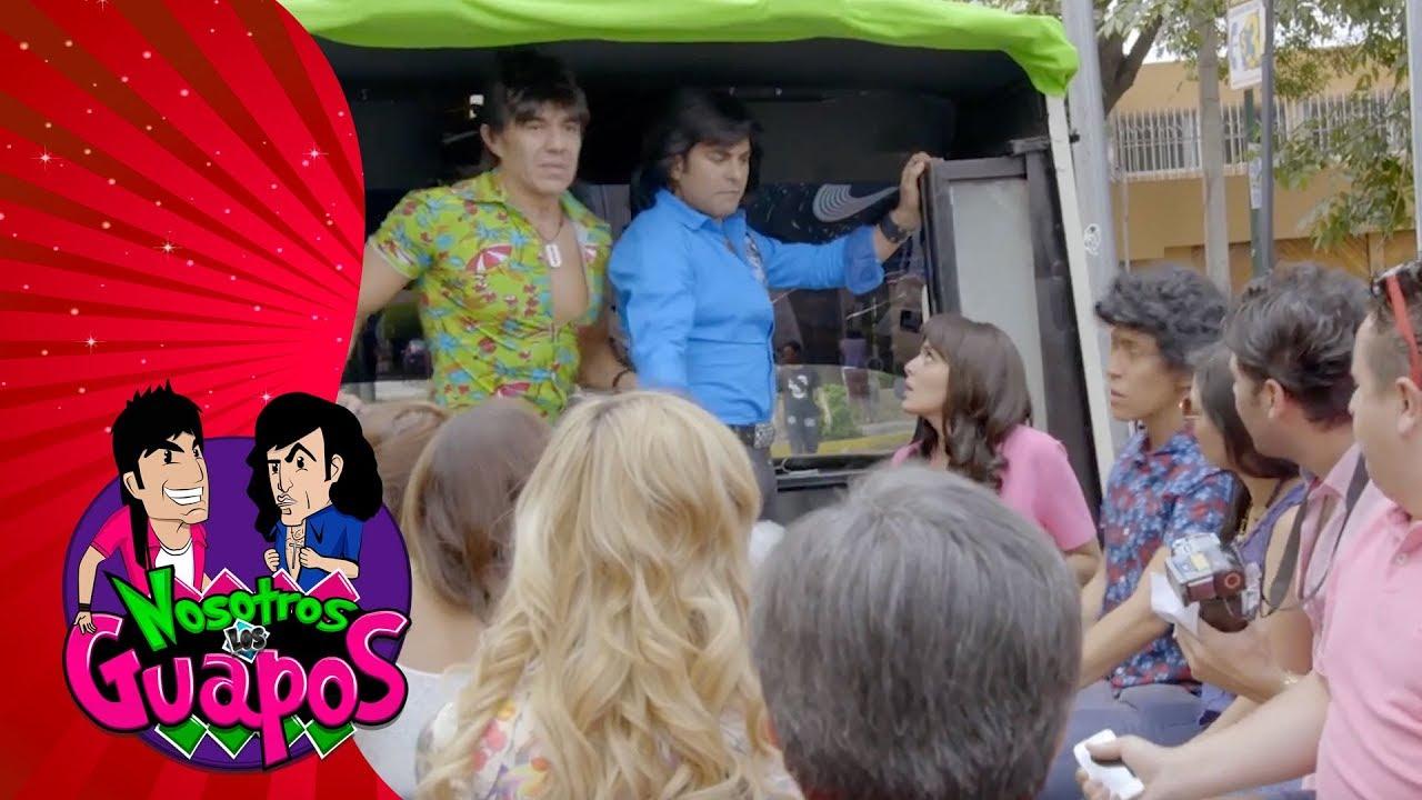 Nosotros Los Guapos Rosita Le Da Unas Clases De Baile A El Vitor By Galavision Página de cotorreo,memes y mucho más! nosotros los guapos rosita le da unas