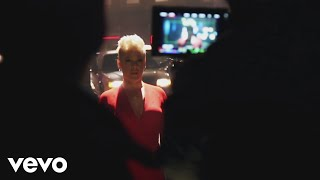 P!nk - Walk Me Home (Behind The Scenes) Video