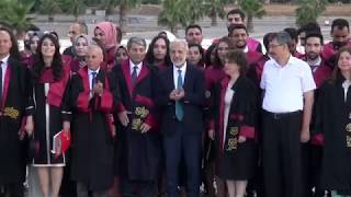Tıp fakültesinin 19. dönem mezunları diplomalarını aldı