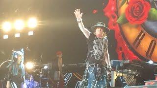 Guns N' Roses - Axl Rose Funny Moment 2017-01-25 Yokohama, Japan
