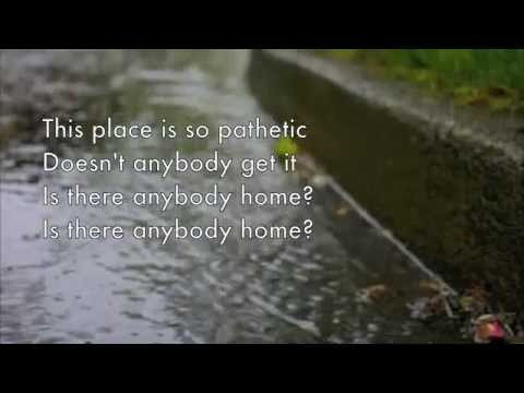 Simple Plan- Holding on (Lyrics)